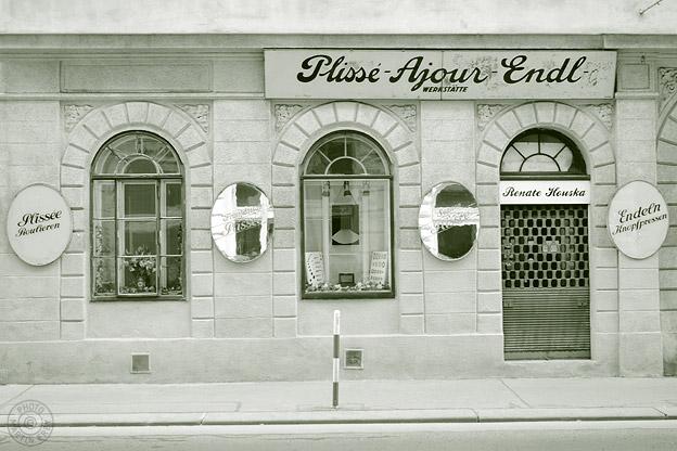 Plisse-Ajour-Endl Renate Houska: 1080 Wien, Piaristengasse 26