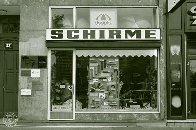Schirmfachgeschäft Brigitte: 1010 Wien, Franz-Josefs-Kai 27