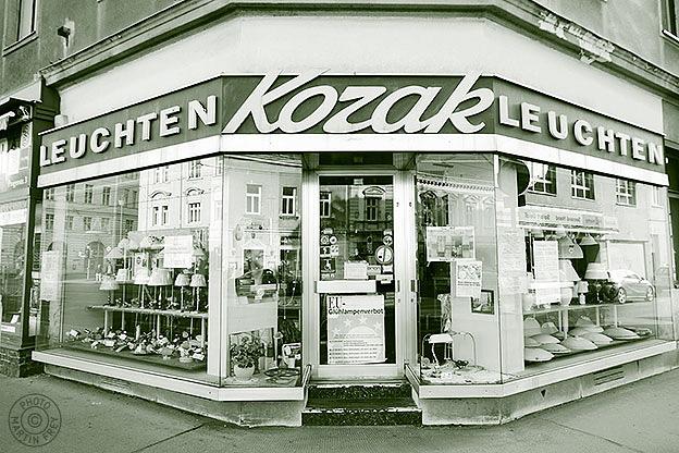 Kozak Leuchten: 1210 Wien, Prager Strasse 3