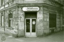 Kaufmann Maria Skoumal: 1140 Wien, Hütteldorfer Straße 261 / Pachmanngasse 13